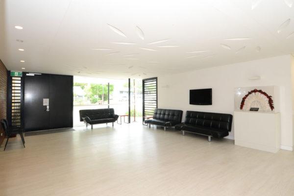 Foyer-pic-1