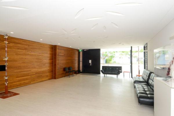 Foyer-pic-2