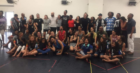 Forming ties: Miriki Performing Arts visits NAISDA