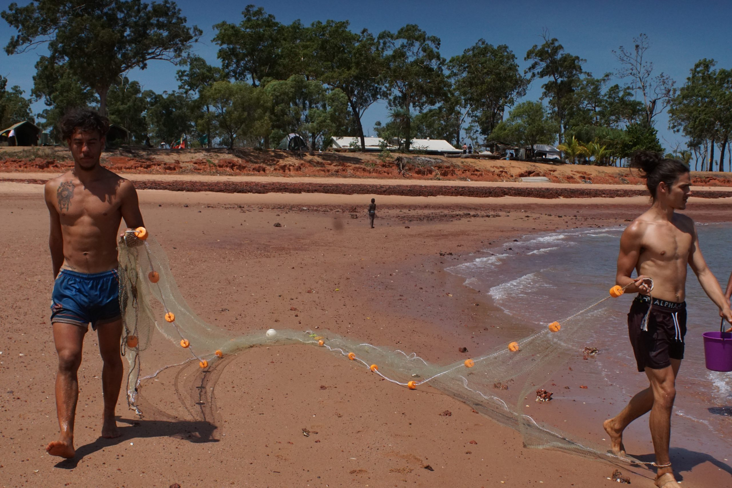 Cody Cosson Kiarn Doyle net fishing